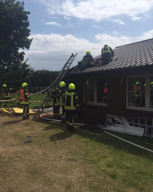 Feuer am Vereinsheim des SV Harderberg